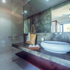 Отель Amba Ayurveda Boutique Hotel Шри-Ланка, Пляж Golden Mile - отзывы, цены и фото номеров - забронировать отель Amba Ayurveda Boutique Hotel онлайн ванная