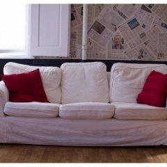 Hostel Goodmo Кровать в общем номере с двухъярусной кроватью