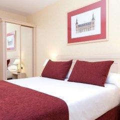 Отель Senator Castellana (I) 3* Стандартный номер с двуспальной кроватью фото 10
