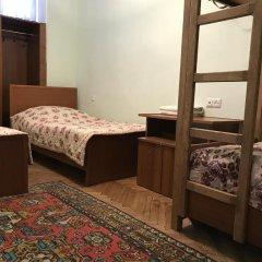 Отель Aregak B&B 2* Кровать в общем номере с двухъярусной кроватью фото 2