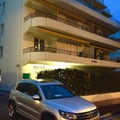Отель Résidence Estienne d'Orves парковка
