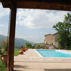 Отель Il Castello Di Perchia Сполето бассейн фото 3