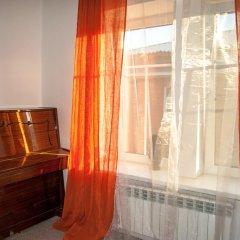 Гостиница Хостел Изба в Барнауле 7 отзывов об отеле, цены и фото номеров - забронировать гостиницу Хостел Изба онлайн Барнаул комната для гостей