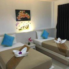 Phuthara Hostel Номер Делюкс с 2 отдельными кроватями фото 6