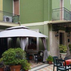 Hotel Ambrosi Фьюджи балкон