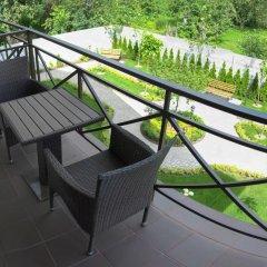 Гостиница Petrani Nivki балкон фото 2