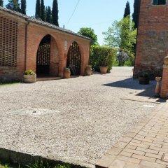 Отель Agriturismo I Poggi Gialli Синалунга парковка