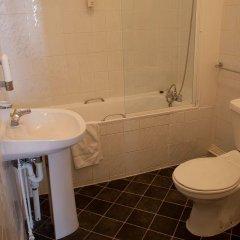 Rose Court Hotel 3* Стандартный номер с различными типами кроватей фото 3