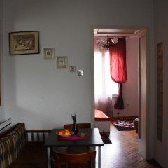 Отель Cozy Downtown Apartment Сербия, Белград - отзывы, цены и фото номеров - забронировать отель Cozy Downtown Apartment онлайн комната для гостей фото 3