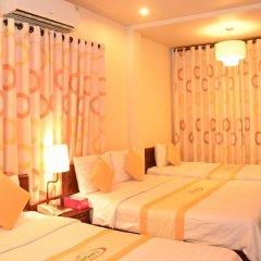 Victory Hotel Hue 3* Стандартный семейный номер с двуспальной кроватью фото 6