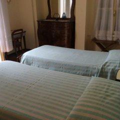 Отель Albergo Villa Azalea Италия, Вербания - отзывы, цены и фото номеров - забронировать отель Albergo Villa Azalea онлайн комната для гостей фото 2