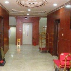 Al Farhan Hotel Suites Al Salam интерьер отеля