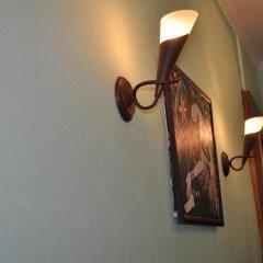 Sweet Home Hostel сейф в номере