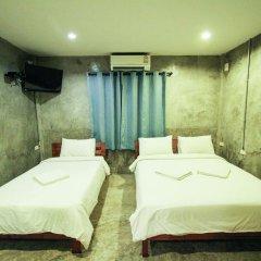 Отель At smile house 2* Стандартный семейный номер с двуспальной кроватью фото 4