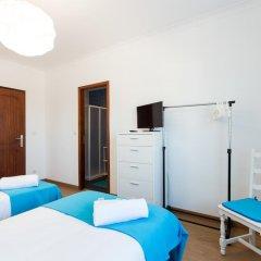 Отель West Side Guesthouse Стандартный номер 2 отдельными кровати