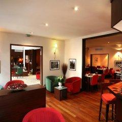 Отель Hôtel Le Roosevelt Франция, Лион - отзывы, цены и фото номеров - забронировать отель Hôtel Le Roosevelt онлайн интерьер отеля фото 3
