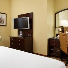 Гостиница Hilton Москва Ленинградская 5* Стандартный номер с различными типами кроватей фото 9