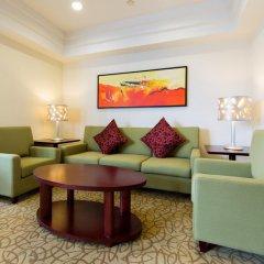Отель Holiday Inn Shanghai Hongqiao Central 4* Представительский люкс с различными типами кроватей фото 4