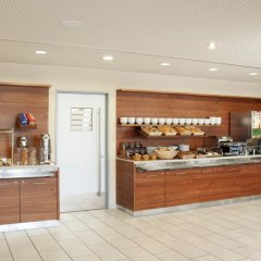 Отель Holiday Inn Express Munich Airport 3* Стандартный номер с 2 отдельными кроватями фото 2