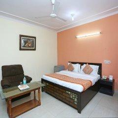 Отель OYO Rooms Govindpuri Metro 2* Стандартный номер с различными типами кроватей фото 2