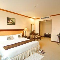 Champasak Grand Hotel 4* Улучшенный номер с различными типами кроватей фото 5