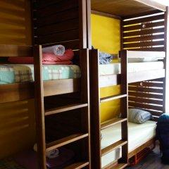 Naughty Squirrel Backpackers Hostel Кровать в общем номере фото 2