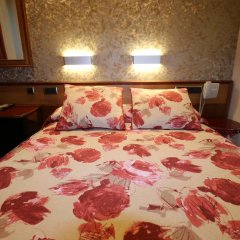 Отель Hostal Hispano - Argentino Испания, Мадрид - 1 отзыв об отеле, цены и фото номеров - забронировать отель Hostal Hispano - Argentino онлайн комната для гостей фото 2
