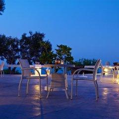 Отель Ampelonas Apartments Греция, Остров Санторини - отзывы, цены и фото номеров - забронировать отель Ampelonas Apartments онлайн бассейн фото 3