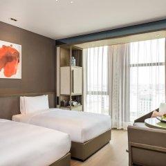Отель Novotel Shanghai Clover 4* Номер Премьер с 2 отдельными кроватями