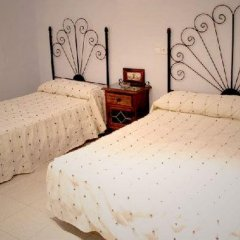 Отель Hostal Restaurante El Paso Стандартный номер с двуспальной кроватью фото 10