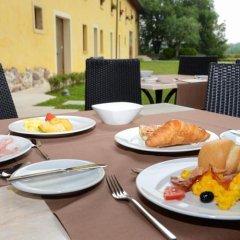 Отель Relais Corte Cavalli Понти-суль-Минчо питание фото 2