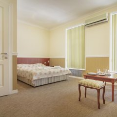 Мини-Отель Consul Стандартный номер с различными типами кроватей фото 3
