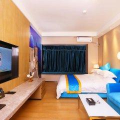 Апартаменты Guangzhou Chimelong Heefun International Service Apartment Гуанчжоу сейф в номере