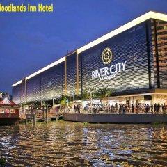 Отель Woodlands Inn Бангкок приотельная территория фото 2