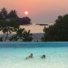 Отель Sunset Holidays бассейн фото 3