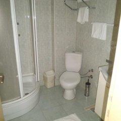 Отель Berk Guesthouse - 'Grandma's House' 3* Стандартный семейный номер с двуспальной кроватью фото 34