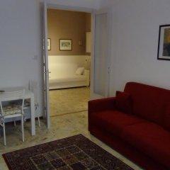 Апартаменты Apartment Ponte delle Nazioni Парма комната для гостей фото 2