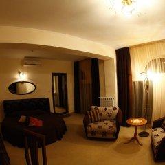 Отель Hi 3* Стандартный номер с двуспальной кроватью фото 2