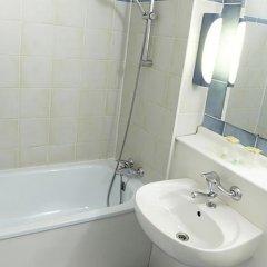 Отель Campanile Blois Nord ванная фото 2