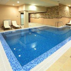 Royal Park Hotel бассейн