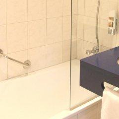 Отель Hampshire Hotel - Beethoven Нидерланды, Амстердам - 2 отзыва об отеле, цены и фото номеров - забронировать отель Hampshire Hotel - Beethoven онлайн ванная фото 2