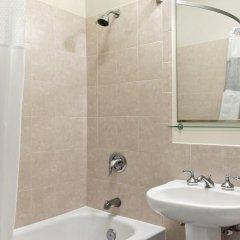 Отель Travelodge by Wyndham Downtown Chicago 2* Стандартный номер с различными типами кроватей