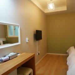 Hotel QB Seoul Dongdaemun 2* Номер категории Эконом с различными типами кроватей фото 5