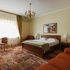 Гостиница Усадьба 4* Классический семейный номер с различными типами кроватей фото 11