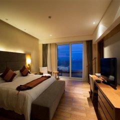 Отель Mingshen Golf & Bay Resort Sanya 4* Номер Делюкс с различными типами кроватей фото 2