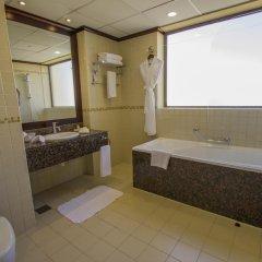 Отель Delta by Marriott Jumeirah Beach 4* Улучшенный номер с различными типами кроватей фото 3