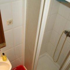 Отель Hostal Naranjos Стандартный номер с различными типами кроватей фото 21