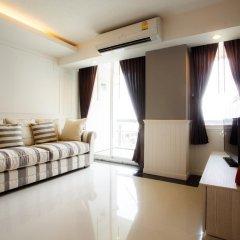 Отель Waterford Condominium Sukhumvit 50 4* Улучшенный номер