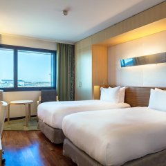Отель Hilton Helsinki Airport 4* Стандартный номер с 2 отдельными кроватями фото 3