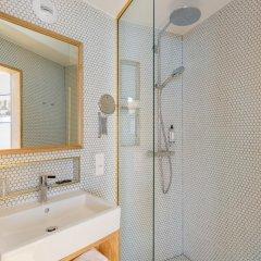 Отель MONTHOLON Париж ванная